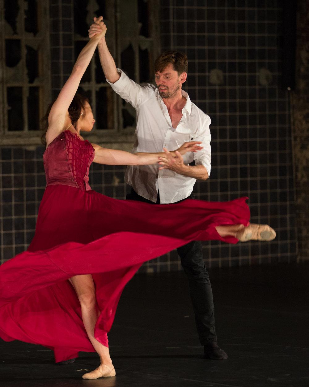 Ronald Savkovic, Tänzer