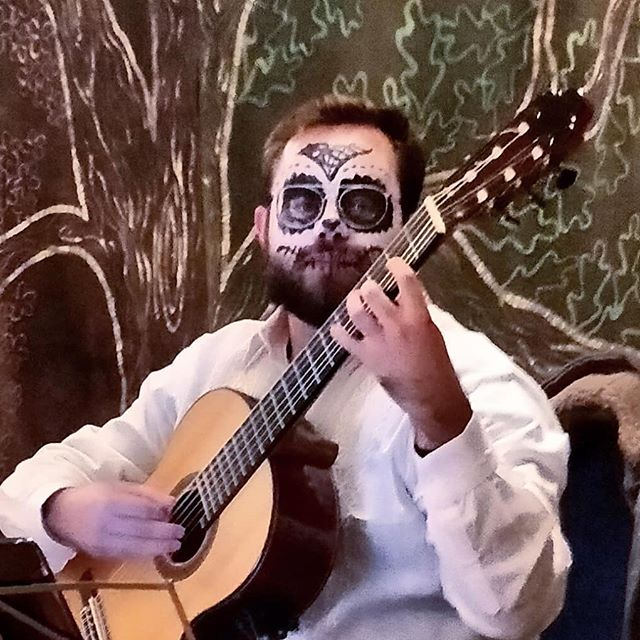 """Today I had the pleasure to join the """"Dia de los Muertos"""" celebrations at @newunitychurch. I couldn't just play some Mexican songs, I also had to look the part 💀 #recuerdame #diadelosmuertos #mexico🇲🇽 #musician #cielitolindo #facepaint #halloween"""