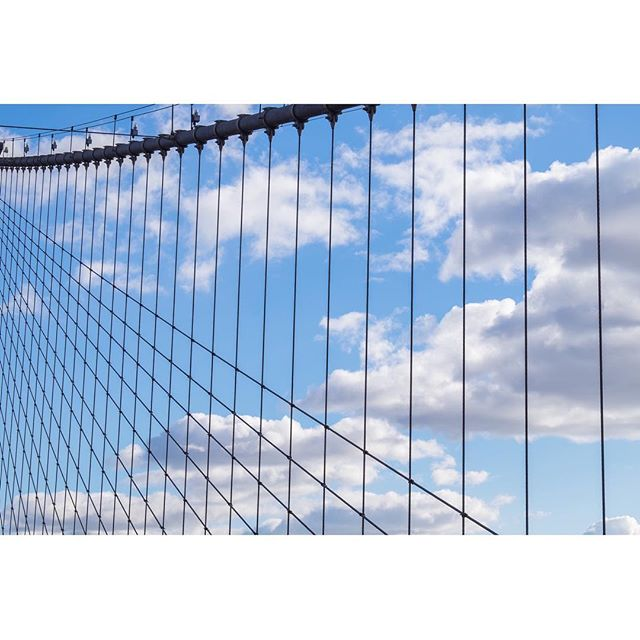 One with the sky on the Brooklyn Bridge • • • • • #passionpassport #seeyourcity #mytinyatlas#travelwithfathom #traveldeeper #travelstroke#alwaysgo #lonelyplanet #wanderlust #tlpicks#cntraveler #modernist #design #aesthetic #fineartphotography #minimal #abstract #exploremore#finditliveit #neverstopexploring #justgoshoot#liveauthentic #peoplescreative #visualsoflife#posttheordinary #vscocam #newyorkcity #brooklynbridge