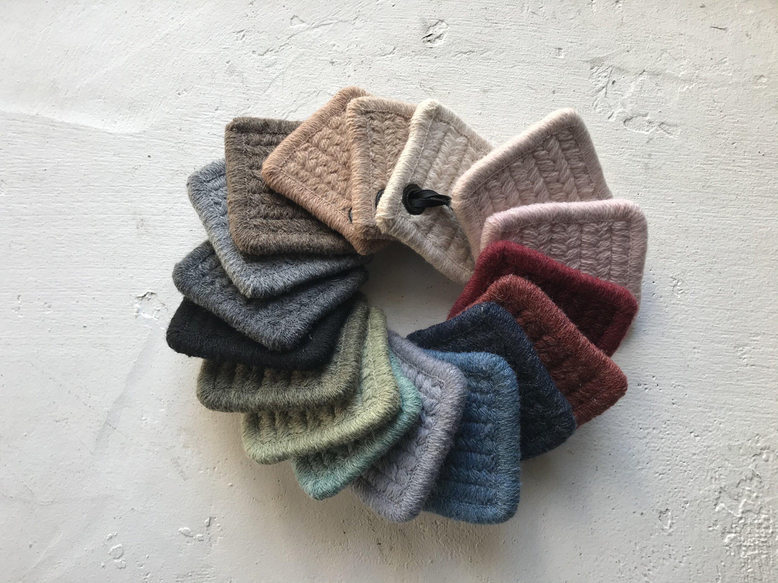 "Emu 8544 Vintage Baby Knitting Pattern Dress 4 ply QK//DK 19-21/"" 6-18 month Repro"