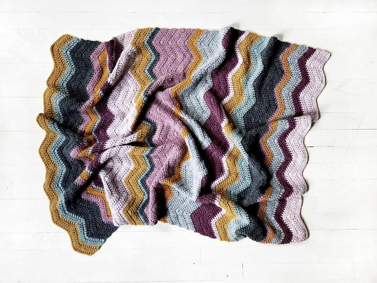 Elizabeth Zigzag Blanket Pattern — Two of Wands