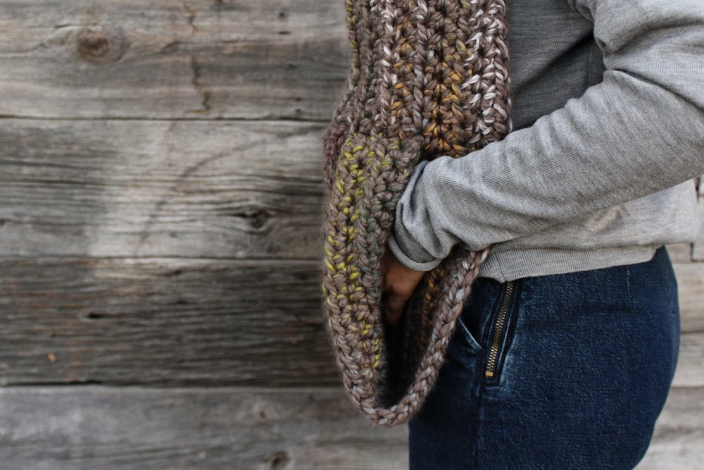 Kodiak Hooded Pocket Scarf pattern by Two of Wands
