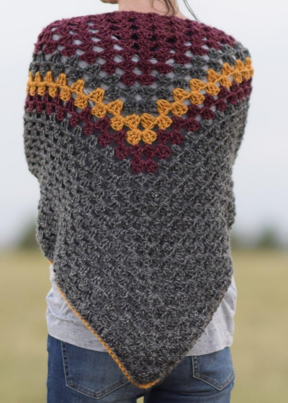 Smoky Mountains Triangle Wrap by Mama in a Stitch