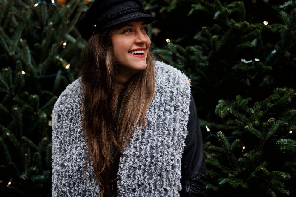 Chamonix Faux Fur Collar pattern by Two of Wands