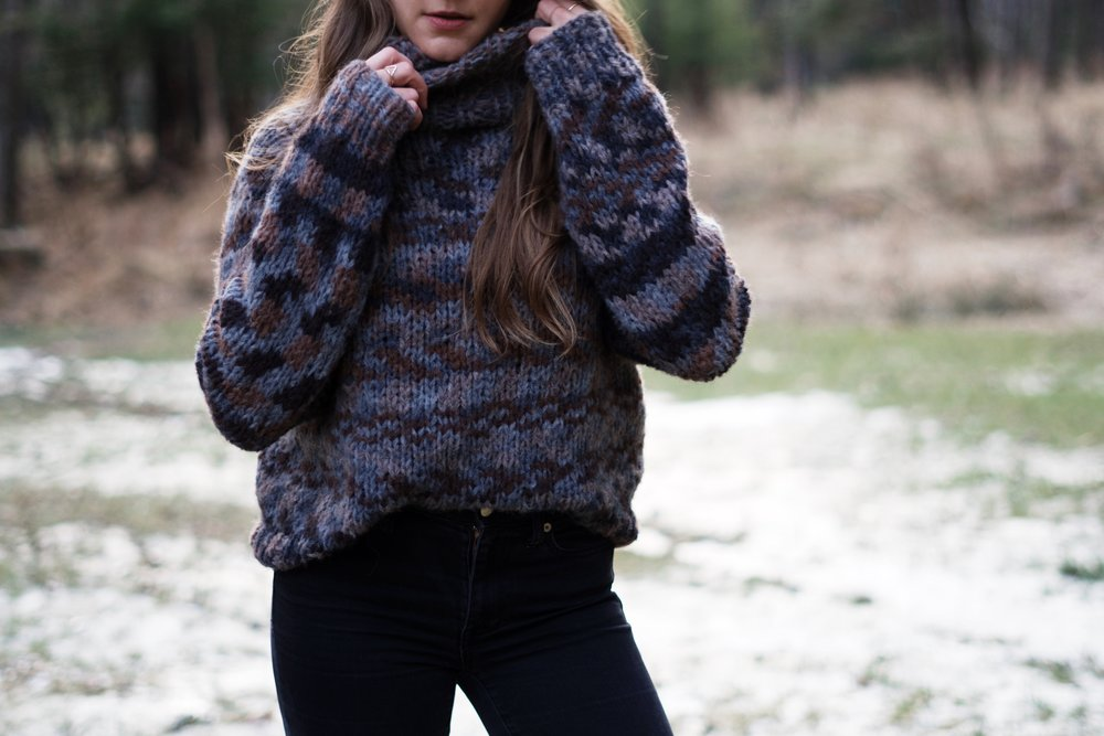 Pinewood Raglan Turtleneck pattern by Two of Wands