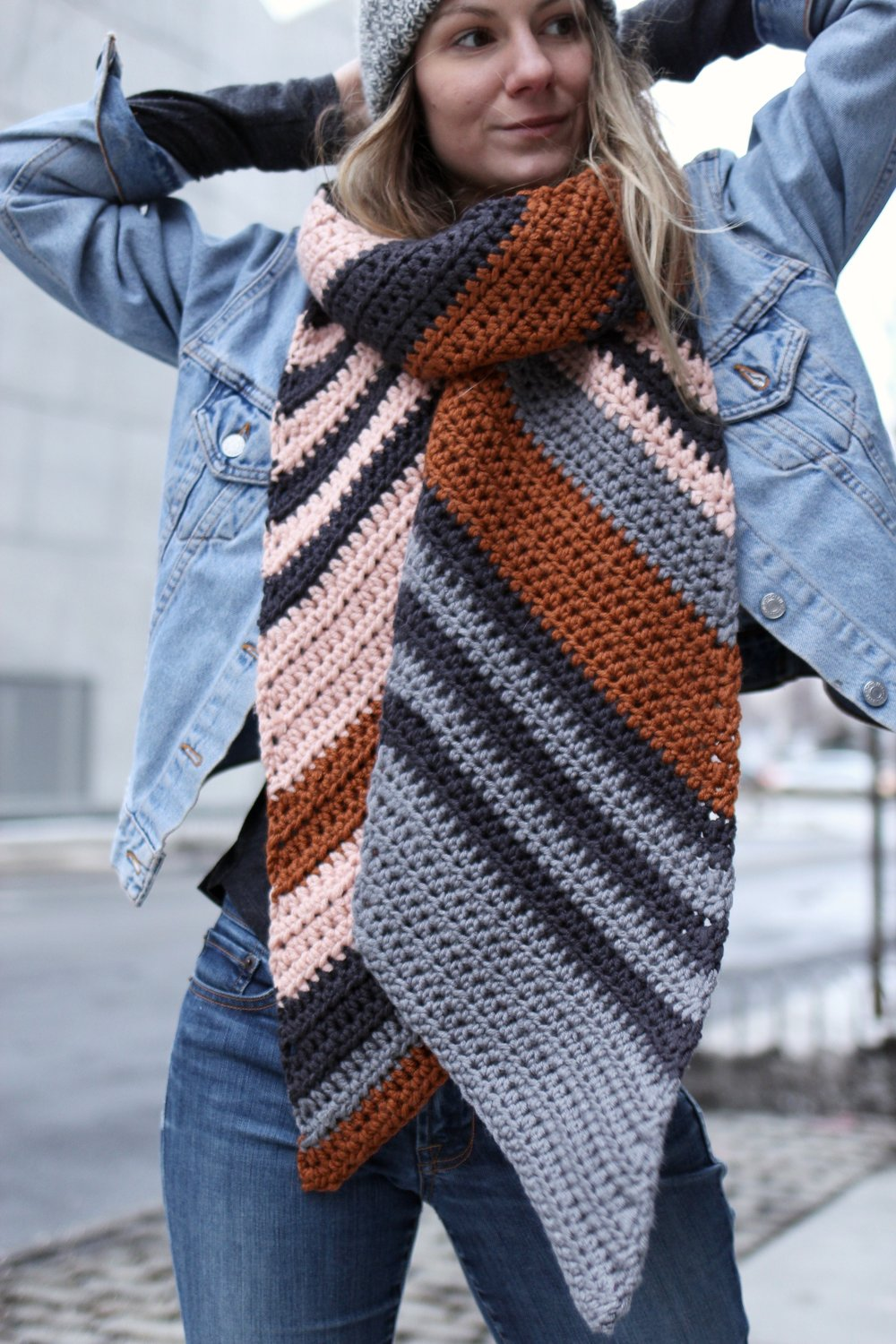 Skyline Bias Scarf pattern by Two of Wands