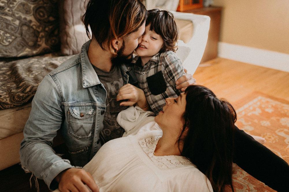 Villanueva family (1.2.17)-0666.jpg
