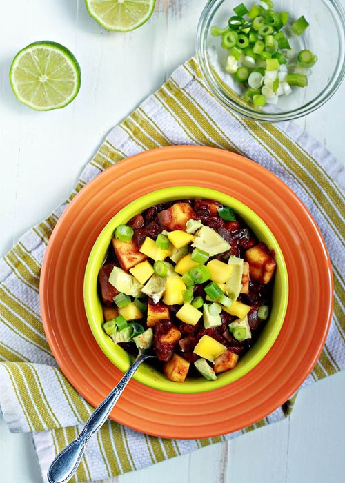 Slow+Cooker+Black+Bean+&+Mango+Caribbean+Chili.jpg