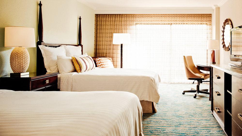 gcmgc-guestroom-0165-hor-wide.jpg