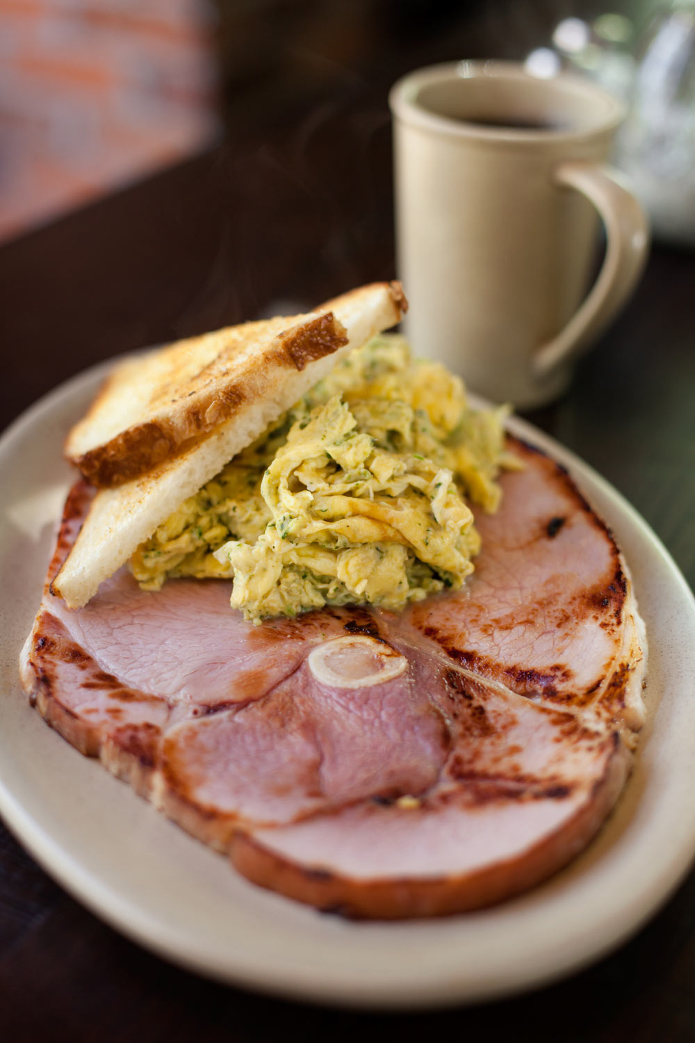 Food_photography_Green_eggs_toast_brunch_ham_grilled_coffee.jpg