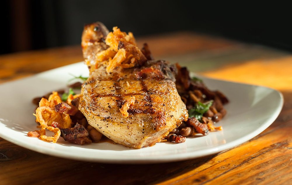 Food_photography_Pork_Chops_Best_restaurant_Sacramento_Cafeteria15L.jpg