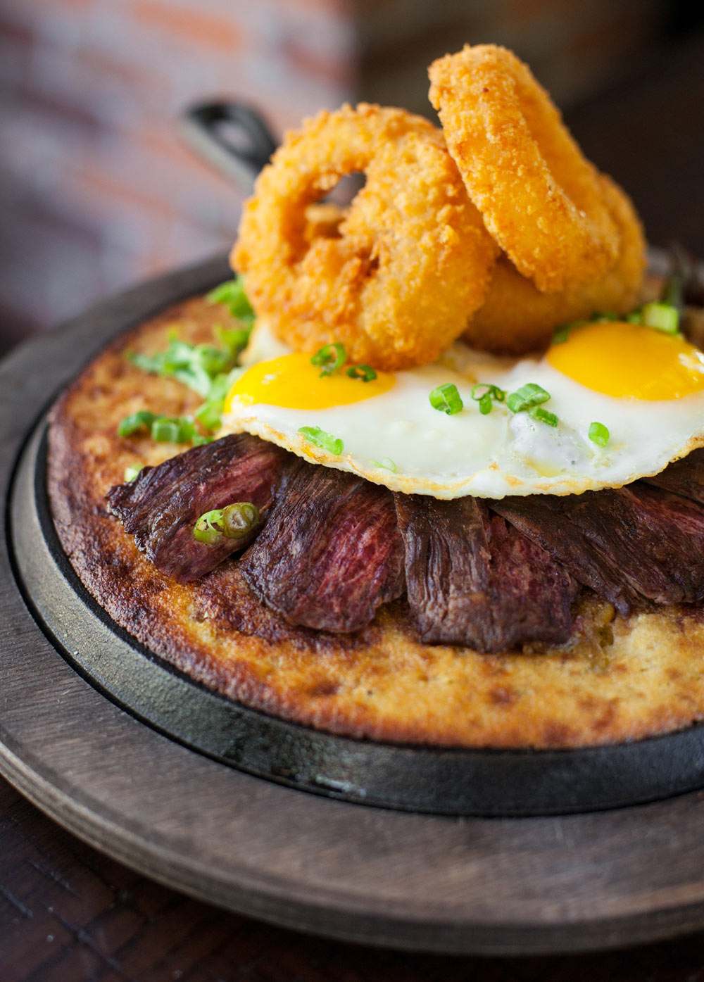 Food_photography_steak_eggs_brunch_patio_best_mimosas_bloody_marys.jpg