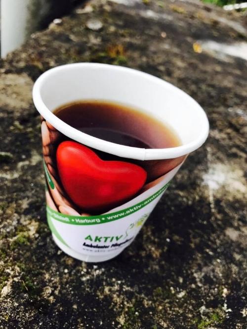 Wir laden Sie gerne auf eine Tasse Tee oder Kaffee ein.