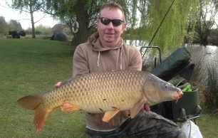 During his visit on the 31st March Richard Edmonds landed a 17lbs Common from Lake 1 (Carp).