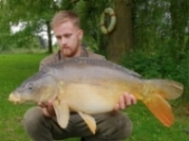 Jack Day and his 19lbs 3ozs Mirror