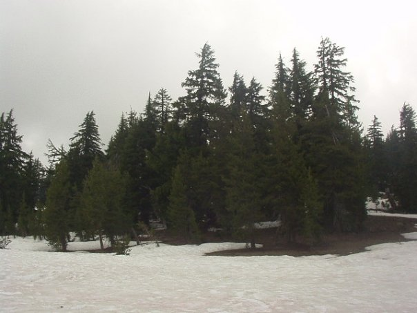snow-at-crater-lake.jpg