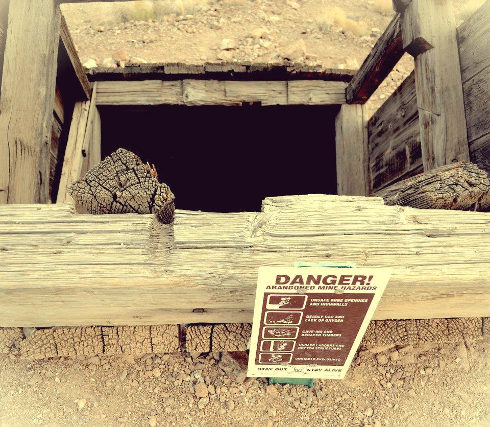 Eureka Borax Mine. Danger!