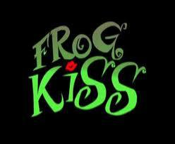 frogkiss.jpg
