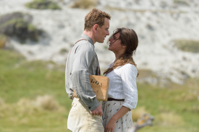 TheLightBetweenOceans573606bb0e659.jpg
