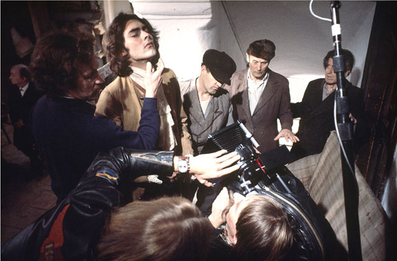 Heart of Glass - Werner Herzog hypnotizing his actors