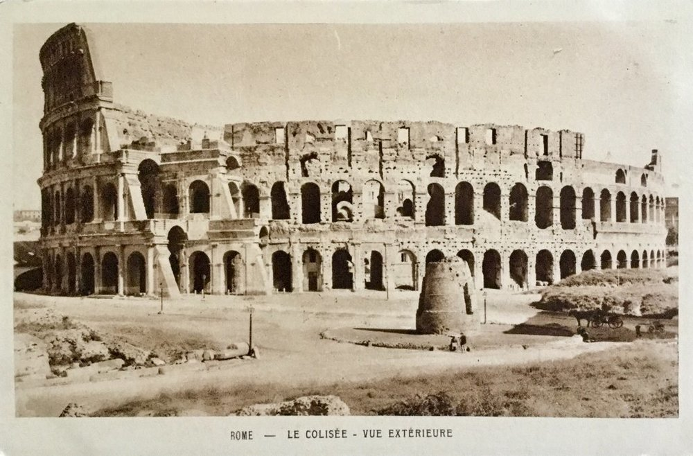 Ancient Roman Ruins: Colosseum