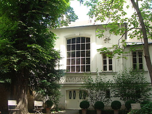 - The beautiful house of Delacroix and its garden.