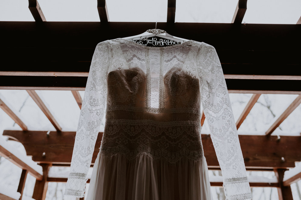 (008) Magic + Jon (Wedding).jpg