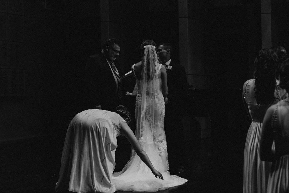 (0275) Lauren + Zack (Wedding).jpg