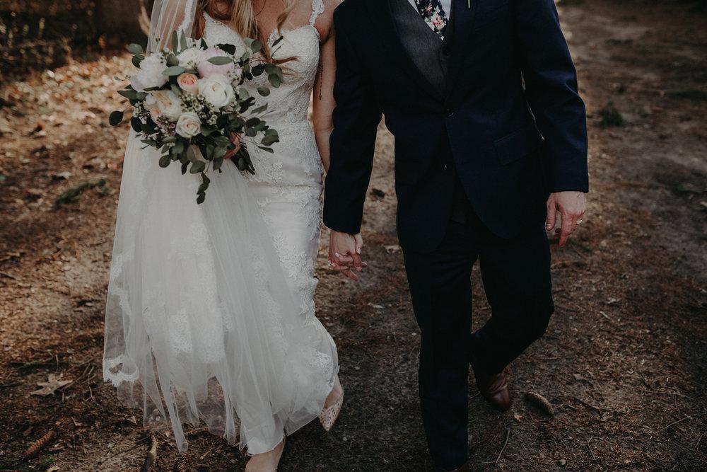 (0670) Lauren + Zack (Wedding).jpg