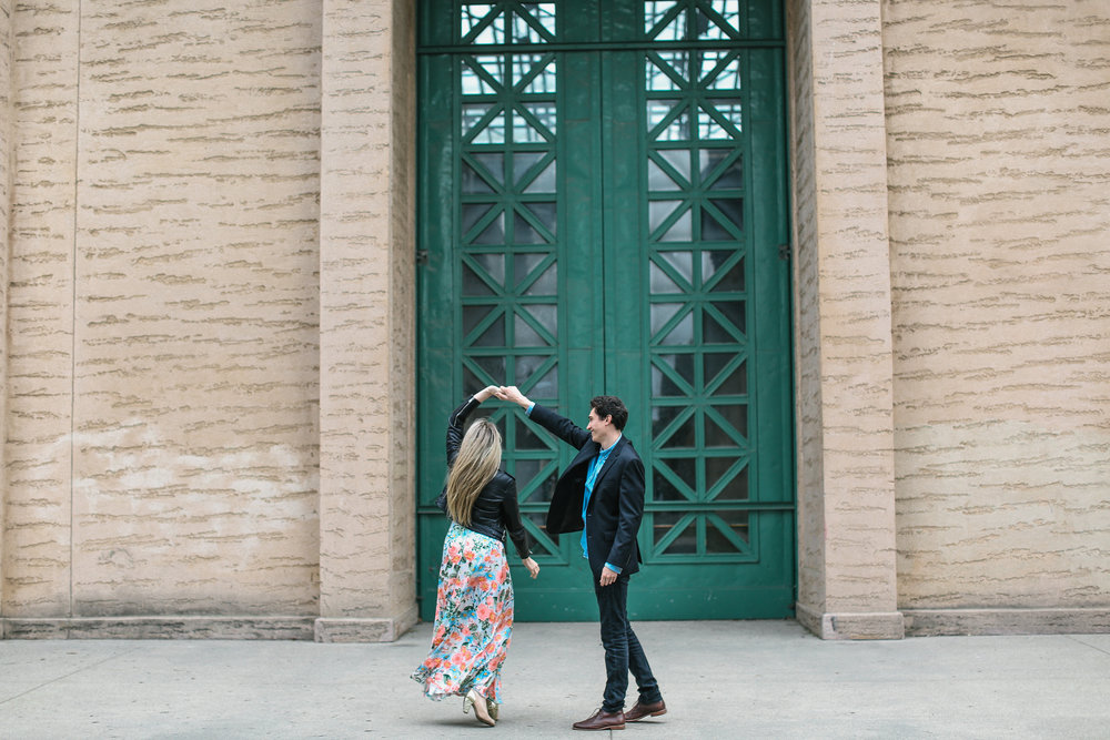 San Francisco engagement session at the Palace of Fine Arts