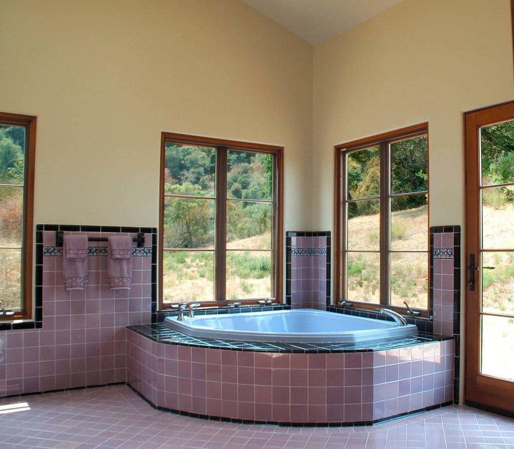 11 Kern - Master bath bath.jpg