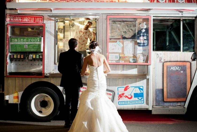 red-hook-lobster-pound-truck-at-weddings (1).jpg