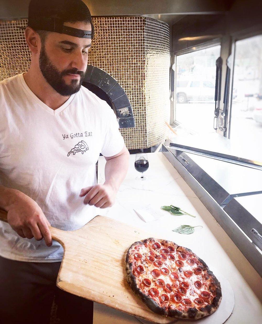 Dave in action! - Abeetz Pizza