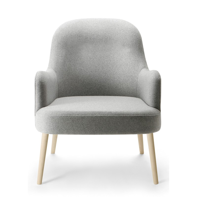 bloom_lounge_chair_front_view.jpg
