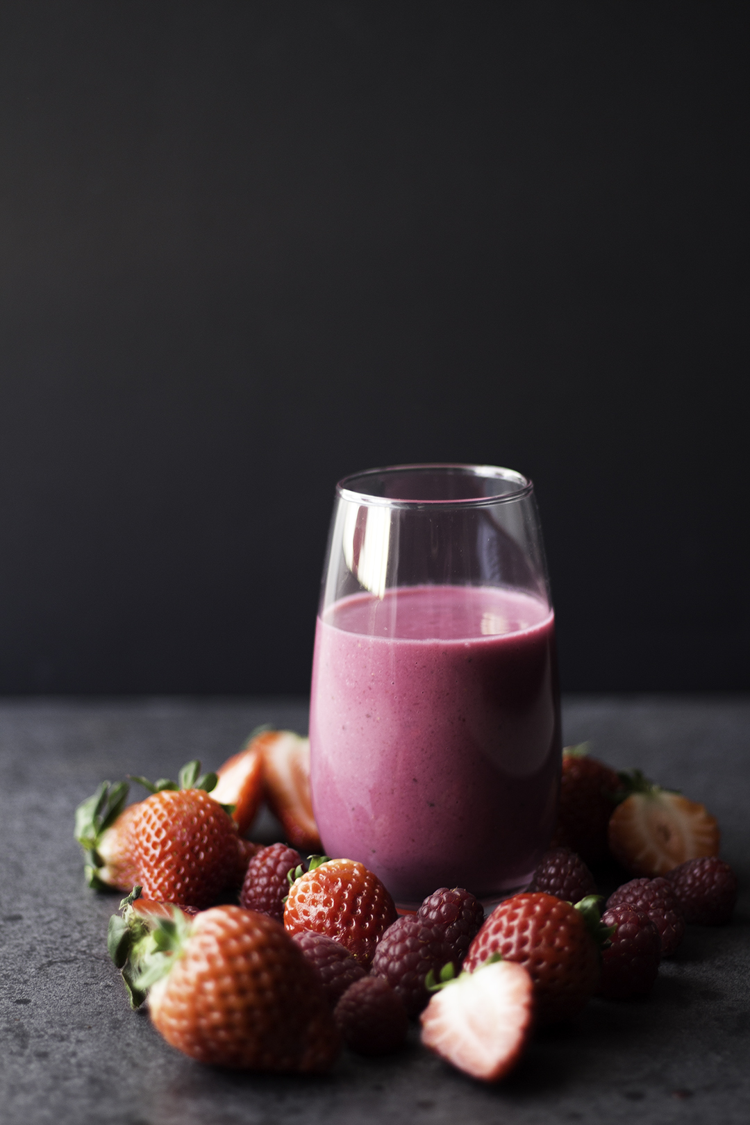 beetroot red fruits smoothie 3