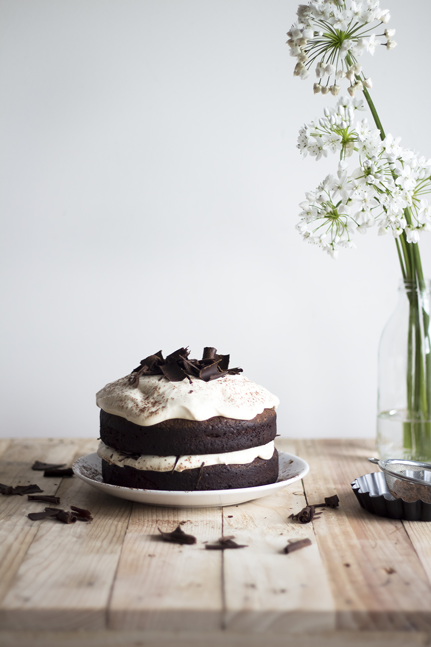 Dark chocolate Cake w Caramel Mascarpone Cream_2