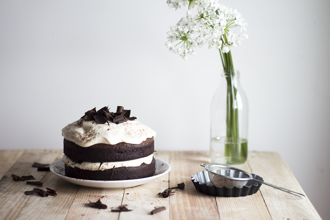 Dark chocolate Cake w Caramel Mascarpone Cream_3
