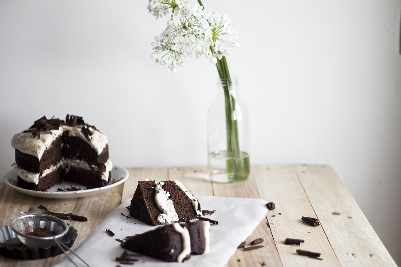 Dark chocolate Cake w Caramel Mascarpone Cream_8
