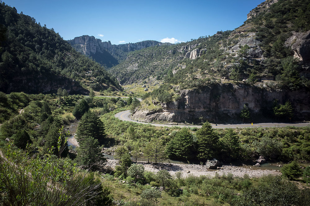 barrancas_road.jpg