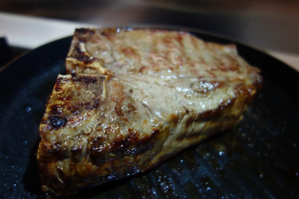 sunday-supper-notte-italiana-florentine-steak-close