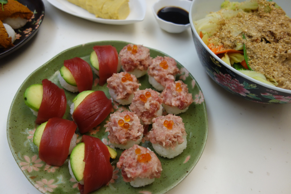sunday-supper-sushi-party-temari-sushi-tuna-avocado-negitoro