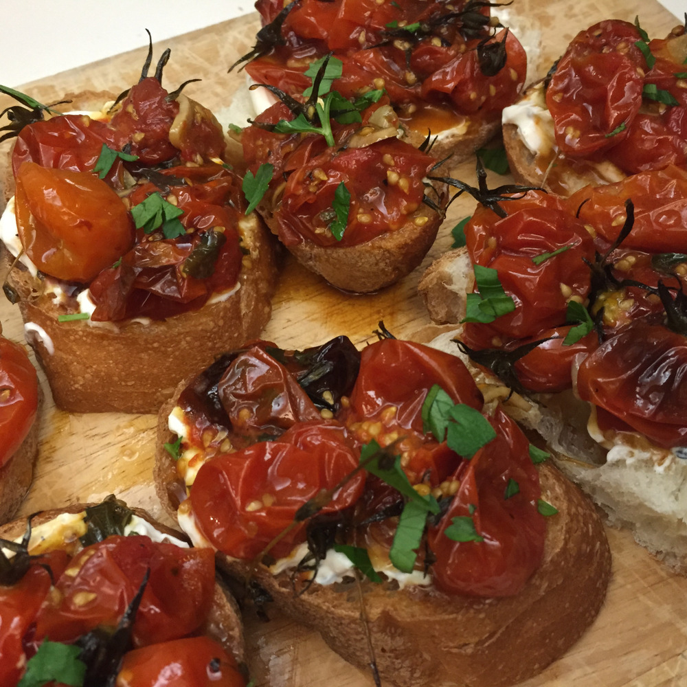 sunday-supper-paris-kitchen-roasted-tomato-tartine