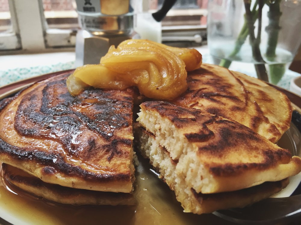 clinton-street-baking-co-pancake-maple-syrup-close-cut