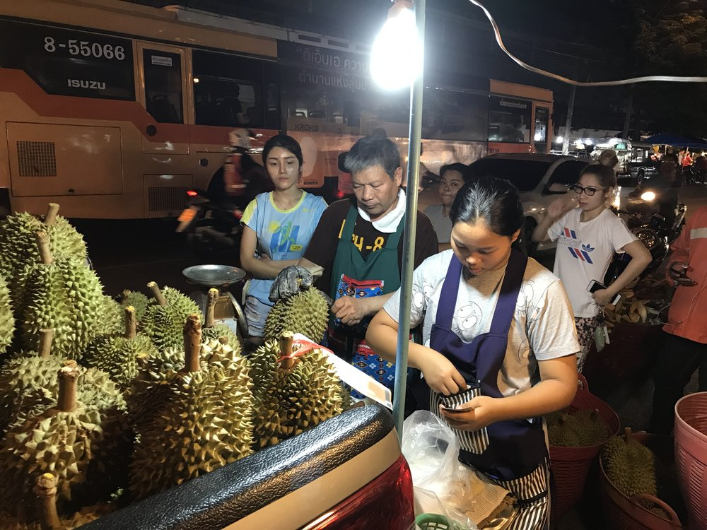 24hourkitchen-travel-thailand-bangkok-fruit-ortorkormarket-ganyao-durian