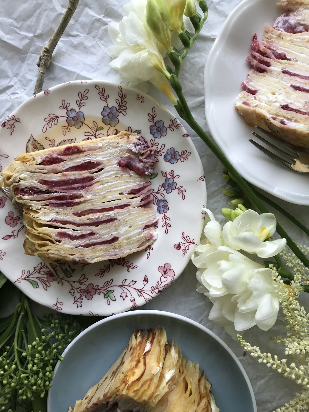 24hourkitchen-recipe-strawberry-elderflower-crepe-cake-mille-crepe-yogurt-cream