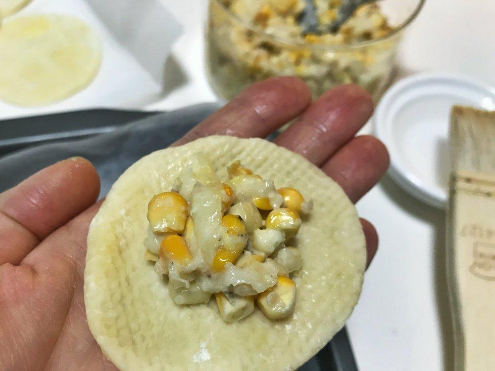 24hourkitchen-travel-recipe-argentina-south-america-empanada-de-humita-choclo-corn-1