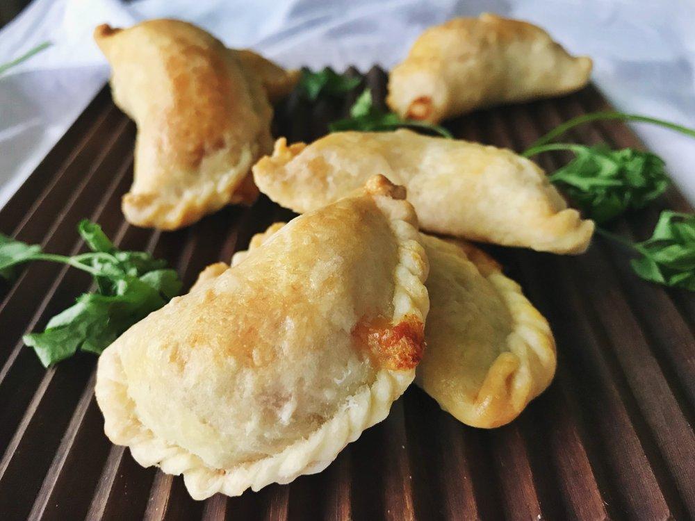 24hourkitchen-travel-recipe-argentina-south-america-empanada-de-humita-choclo-corn-2