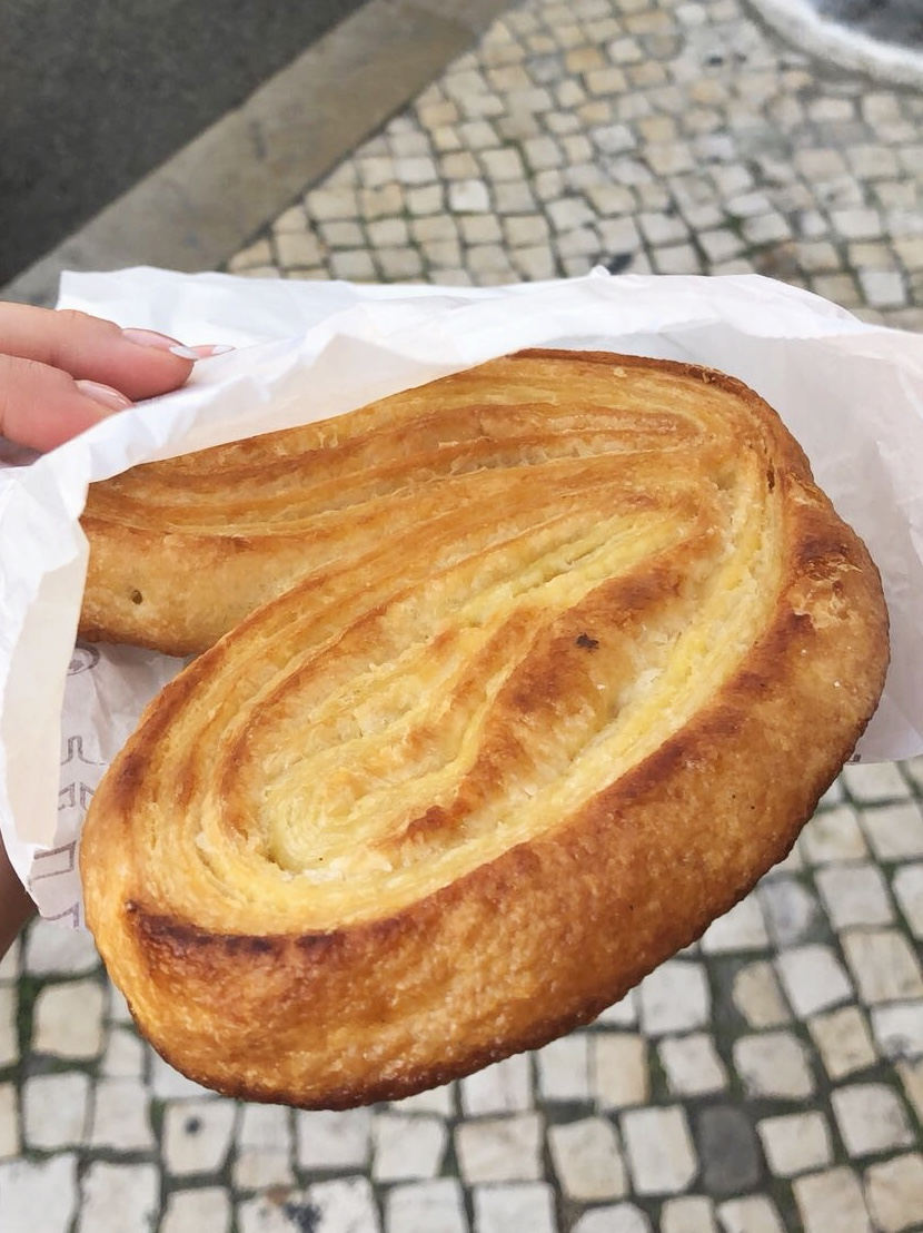 24hourkitchen-travel-guide-to-portuguese-pastries-pastelaria-lisbon-portugal-palmiers