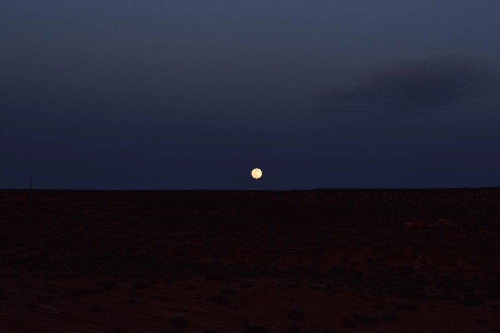 moon light over horseshoe bend