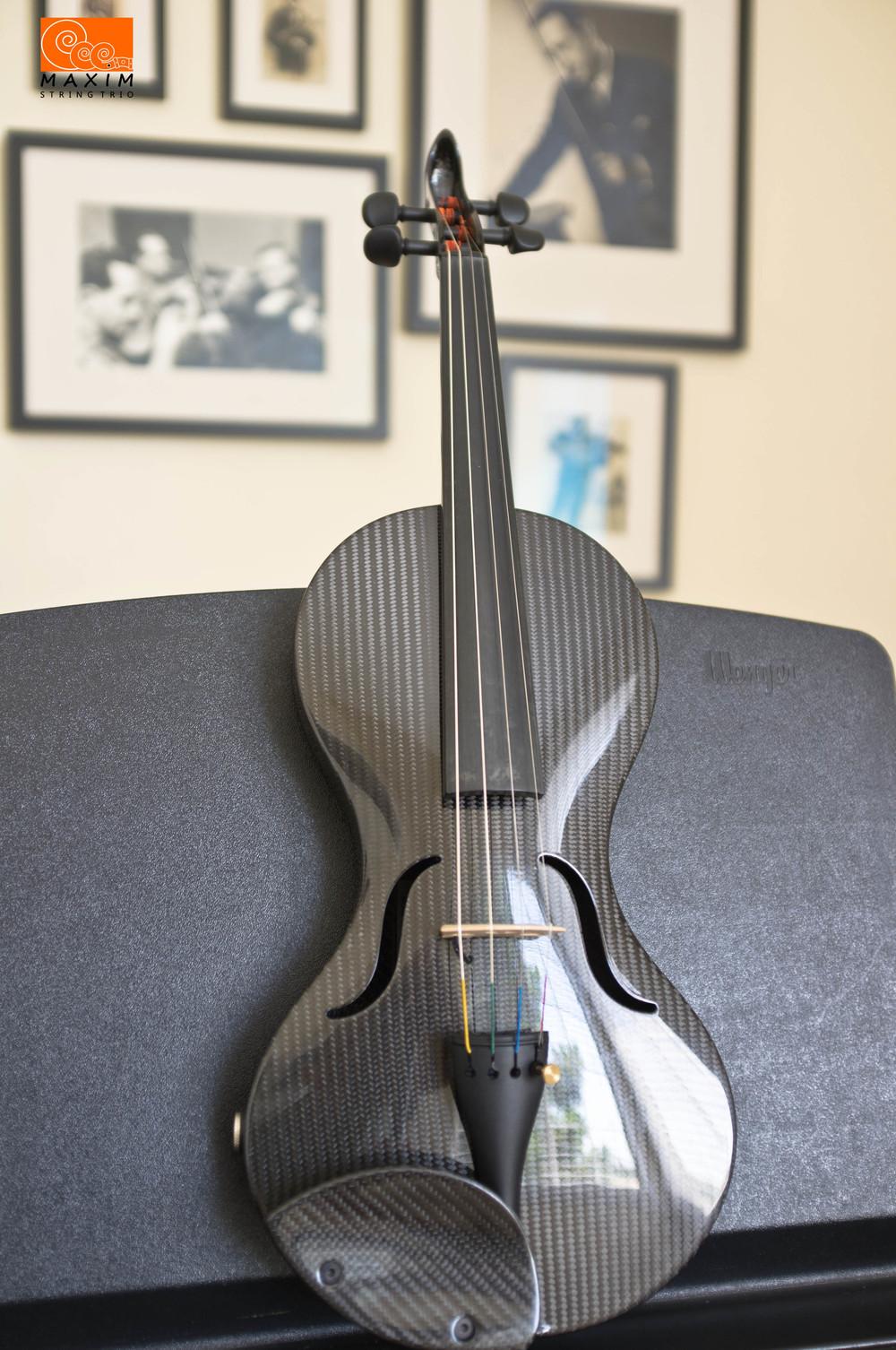 Mezzo-Forte carbon violin